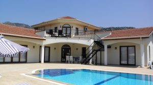 Beautiful Detached Luxury Villa