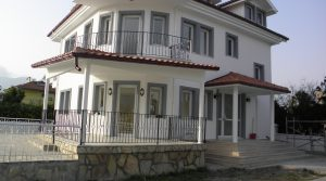 Large Detached Villa DS1343