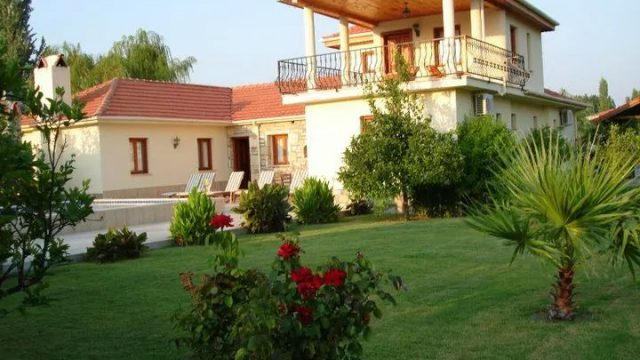 BEAUTIFUL VILLA FOR SALE IN MARMARLI