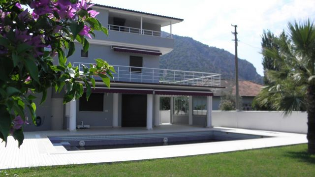 3 BEDROOM DETACHED VILLA IN ARIKBASI