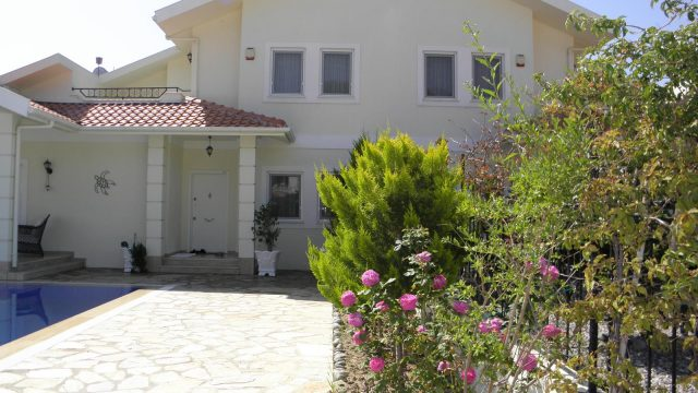 Beautiful Villa in Maras Area