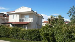 LARGE Semi Detached Villa.